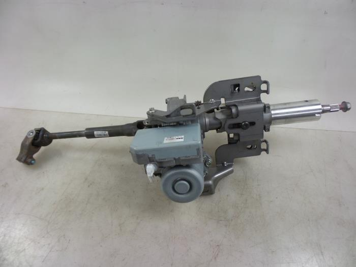 Electric power steering unit from a Nissan / Datsun Qashqai (J11) 1.2 DIG-T 16V 2015
