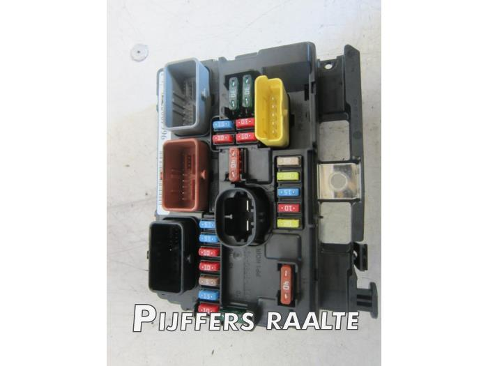 peugeot 207 fuse box headlight used peugeot 207 (wa/wc/wm) 1.4 16v vti fuse box ...