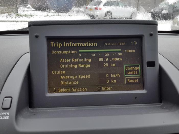 Used Toyota Avensis Wagon (T25/B1E) 2 0 16V D-4D Navigation