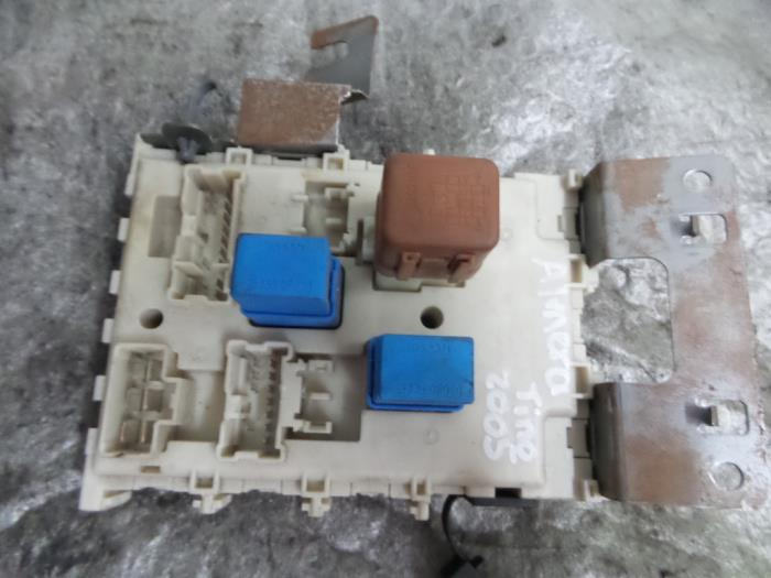 Used Nissan Almera Tino Fuse box - 24350BU210 ... on