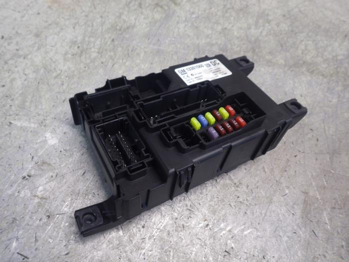 Where Is The Fuse Box In My Corsa : Used opel corsa fuse box  auto wessel