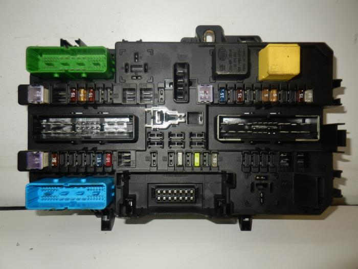 used opel astra fuse box 13145018 auto wessel. Black Bedroom Furniture Sets. Home Design Ideas