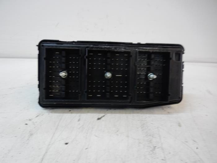 used opel antara fuse box auto wessel proxyparts com 2004 Opel Antara Opel Antara 2007