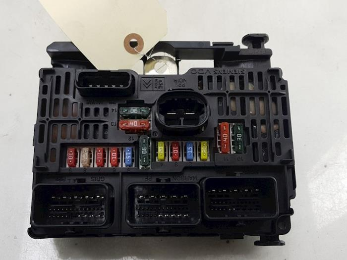 fuse box from a fiat scudo (270) 2 0 d multijet 2009