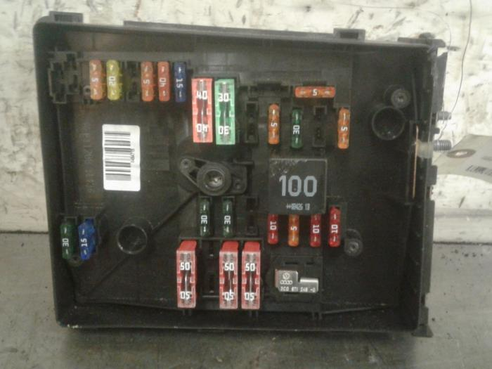 fuse box from a audi a3 sportback (8pa/ps) 1 9 tdi 2009