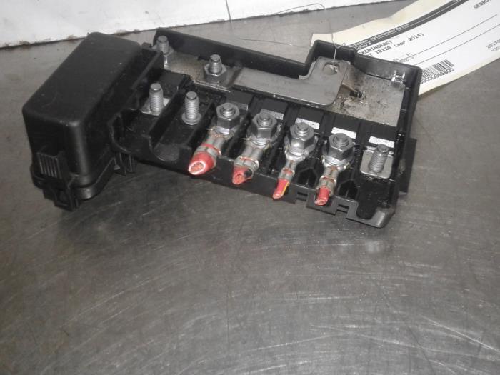 fuse box from a seat ibiza iv sc (6j1) 1 4 16v 2014