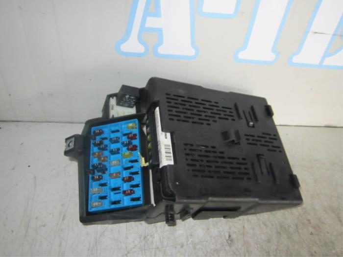 Used Renault Megane  Ba  Sa  1 4 16v Fuse Box - 77030397012