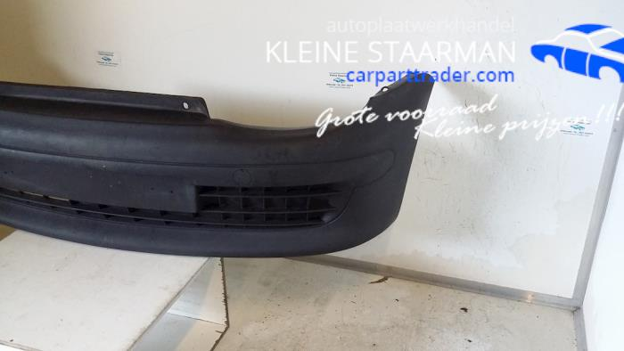 Front bumper from a Fiat Seicento (187)  2003