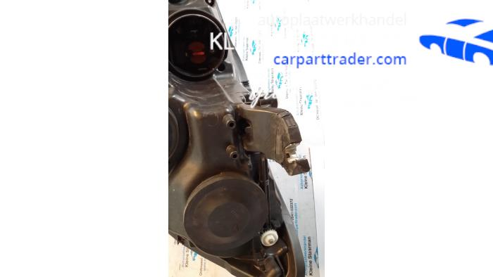Used Audi A6 Headlight, right - 4G0941004M - Kleine Staarman