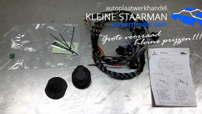 Enjoyable Used Renault Megane Towbar Wiring Kit 7711226784 Kleine Staarman Wiring Cloud Brecesaoduqqnet
