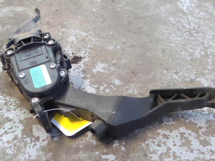 Used Volkswagen Transporter T5 2 0 TDI DRF Throttle pedal