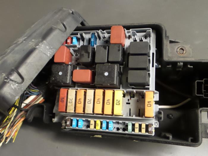 fuse box from a alfa romeo mito (955) 1 4 tb 16v 2010