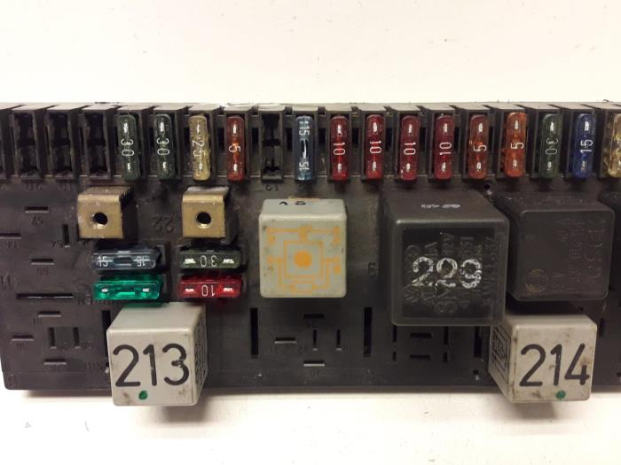 used audi 80 (89) 1.8 fuse box - 443941822a - ap autos ... audi 80 fuse box  proxyparts.com