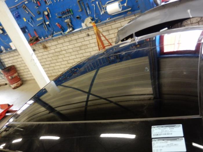 Roof Ukkitchen tama/ño B/óxer para techo V8