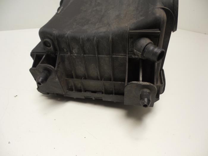 gebrauchte audi q7 4lb 4lx 3 0 tdi v6 24v luftfiltergeh use 7l6129607ah bug ap autos. Black Bedroom Furniture Sets. Home Design Ideas