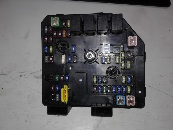 used chevrolet captiva fuse box 95903657 schoones transmissies