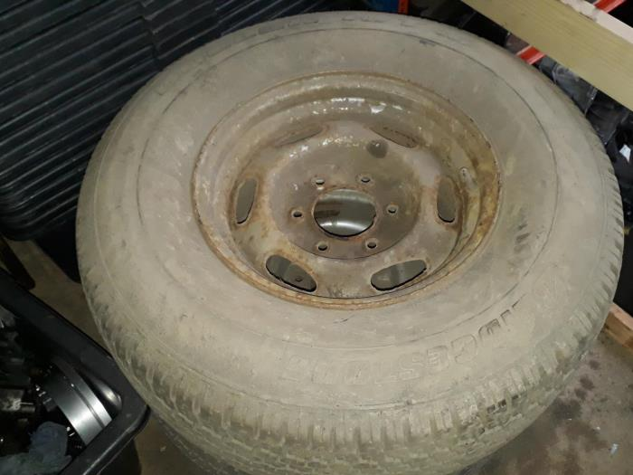 Wheel from a Ford Ranger 2005