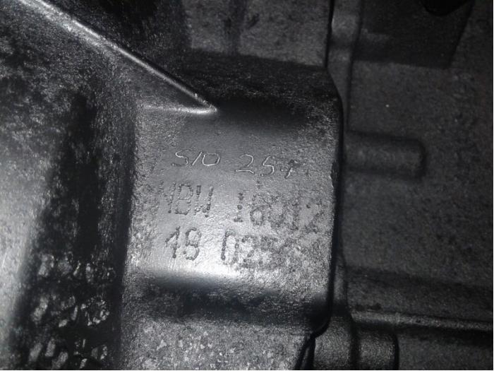Gearbox from a Volkswagen Golf VI (5K1) 1.4 TSI 160 16V 2012