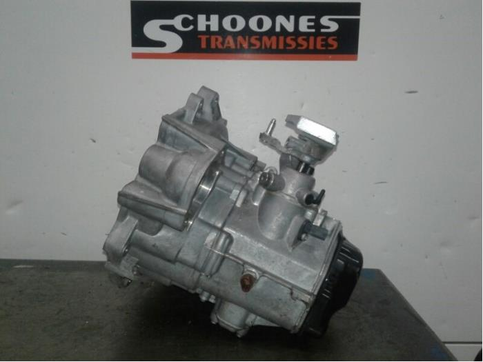 Gearbox from a Volkswagen Golf VII (AUA) 1.2 TSI 16V 2016