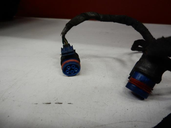 Terrific Used Mercedes C W203 1 8 C 200K 16V Pdc Wiring Harness Wiring Database Gramgelartorg