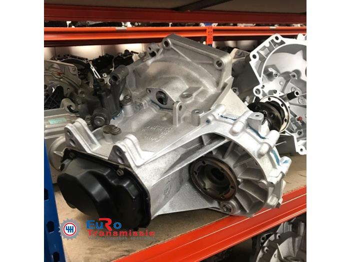 Getriebe van een Volkswagen Polo (9N1/2/3) 1.4 TDI 70 2008