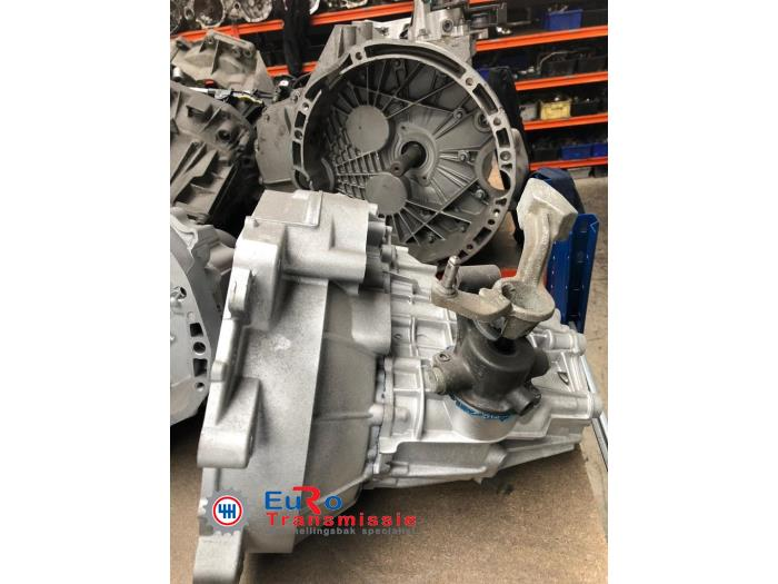 Gearbox from a Volkswagen Up! (121) 1.0 12V 60 2014
