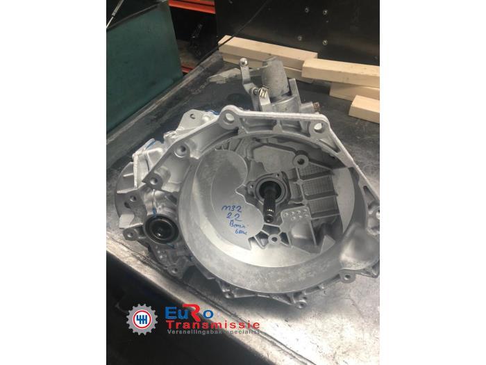 Caja de cambios de un Alfa Romeo 159 (939AX) 2.2 JTS 16V 2008