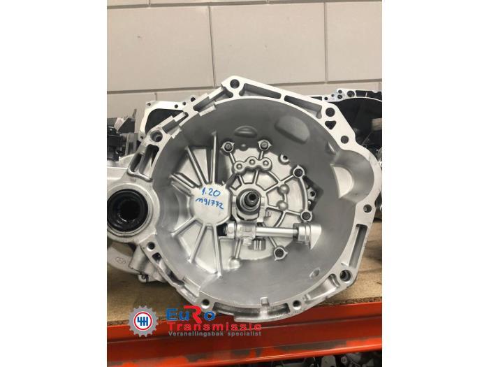 Gearbox from a Hyundai i20 1.2i 16V 2009