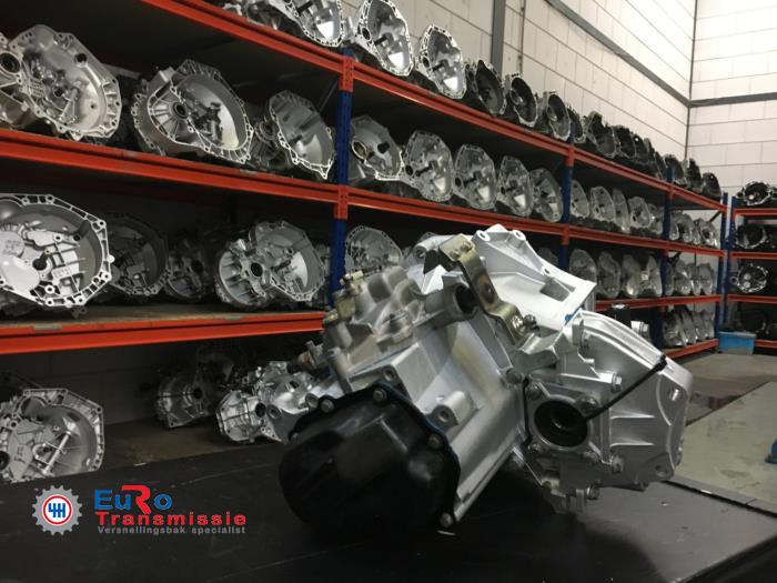 Getriebe van een Fiat Doblo (223A/119) 1.6 16V Natural Power 2008