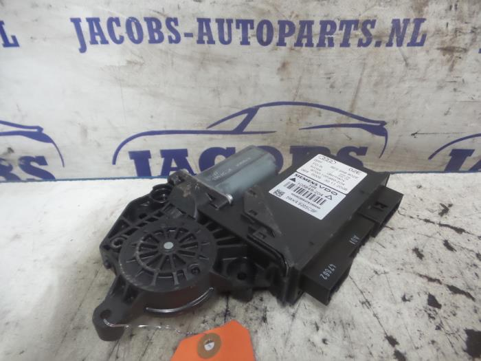 used audi a4 door window motor 8e0959802e jacobs auto. Black Bedroom Furniture Sets. Home Design Ideas