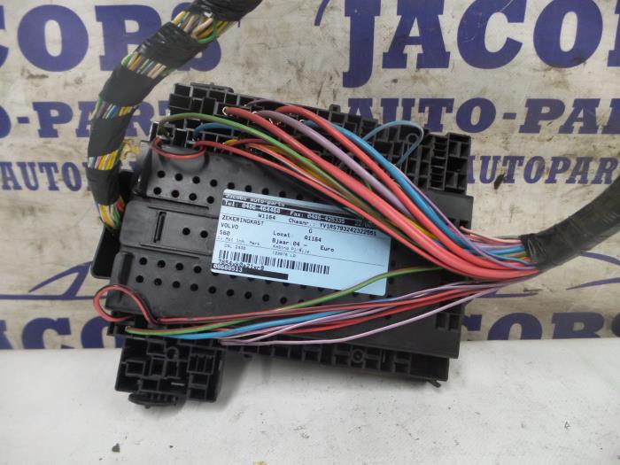 Used Volvo S60 Fuse Box 08688513 Jacobs Autoparts Proxypartsrhproxyparts: 2004 Volvo S60 Fuse Location At Gmaili.net