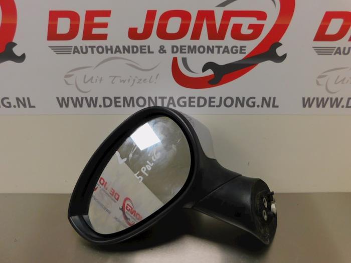 Außenspiegel links van een Fiat Punto Evo (199) 1.3 JTD Multijet 85 16V 2011