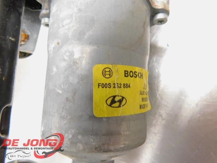 Scheibenwischermotor+Mechanik van een Hyundai i10 (B5) 1.0 12V 2015