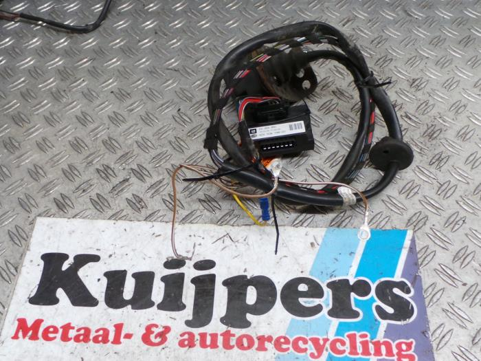 Used Opel Astra Towbar wiring kit 24453850 Autorecycling