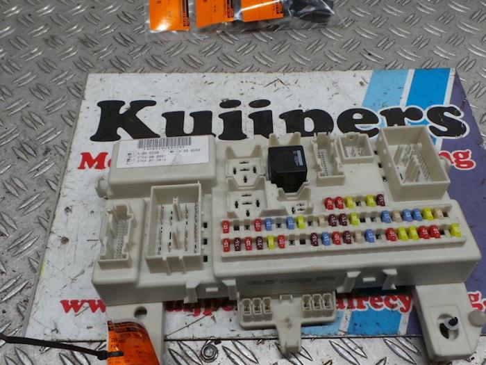 used ford c max fuse box 4m5t14a073ch autorecycling kuijpers Ford C-Max Oil fuse box from a ford c max 2006