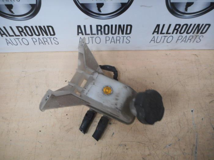 Used Kia Picanto (BA) 1 1 12V Brake fluid reservoir
