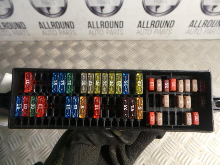 fuse box login used volkswagen polo  6r  1 4 16v    fuse       box    1223408111  used volkswagen polo  6r  1 4 16v    fuse       box    1223408111