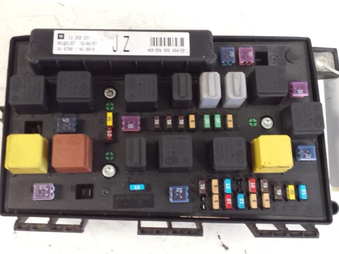 fuse box from a opel astra 2007