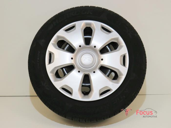 Used Ford Fiesta Vii Ja8 125 16v Wheel Tyre 02s2r2