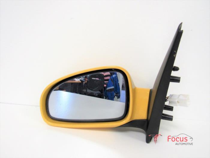 Used Chevrolet Aveo 250 12 16v Wing Mirror Left Focus