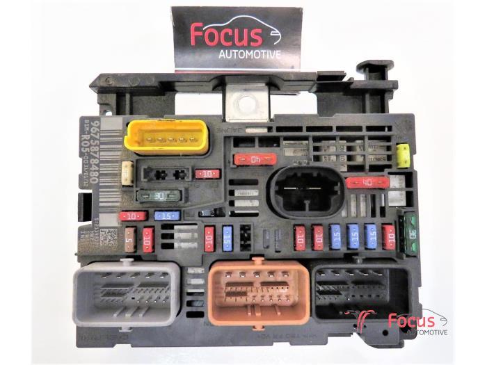 used citroen berlingo 1 6 hdi 16v 90 phase 2 fuse box 9675878480 rh proxyparts com three phase fuse box Old Fuse Box
