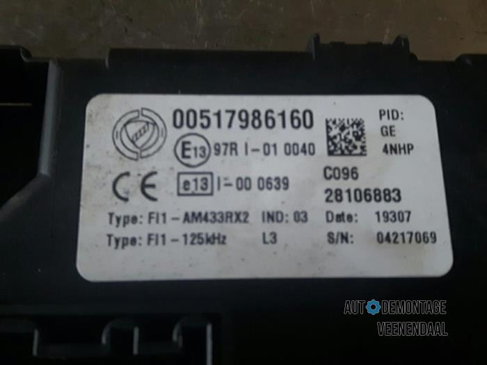 used fiat grande punto (199) 1 2 fuse box 00517986160 Fiat Punto MK2 Dashboard fuse box from a fiat grande punto (199) 1 2 2006
