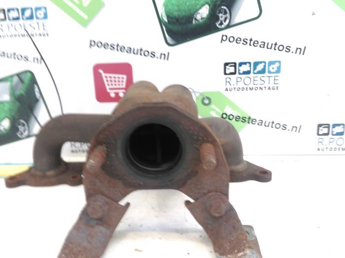 Used Mitsubishi Carisma 1 6i 16V Exhaust manifold - 4G82