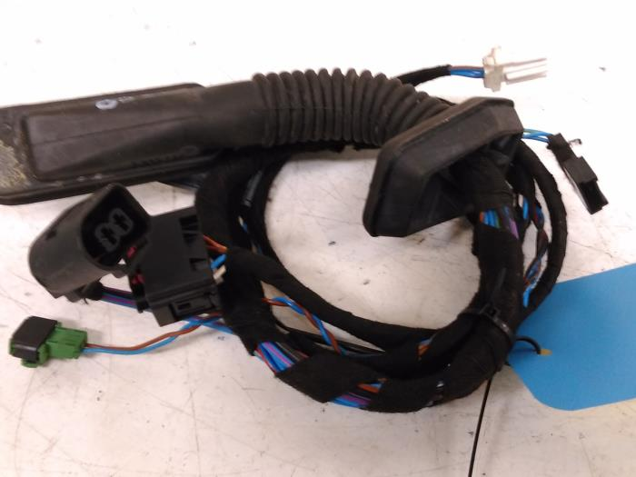 wiring harness from a bmw 3 serie compact (e46/5) 316ti 16v 2002
