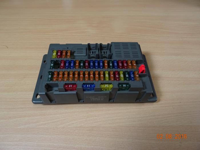 2004 mini cooper fuse box used mini cooper fuse box 690662605 miniparts24 miniteile24  used mini cooper fuse box 690662605
