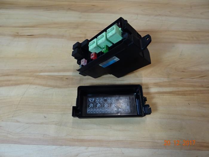 R56 Fuse Box Location - Wiring Diagram G11 R Fuse Box Location on