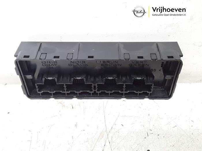 Heater computer from a Opel Astra J (PC6/PD6/PE6/PF6) 1.3 CDTI 16V EcoFlex 2011