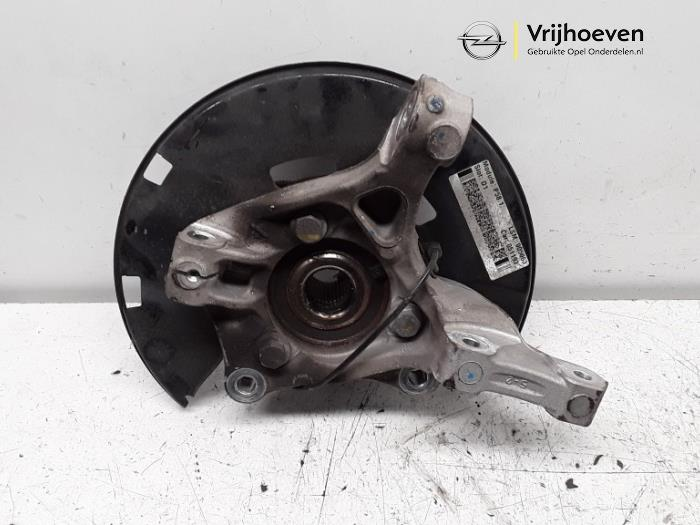 Knuckle, front left from a Opel Astra J Sports Tourer (PD8/PE8/PF8) 1.6 CDTI 16V 2016