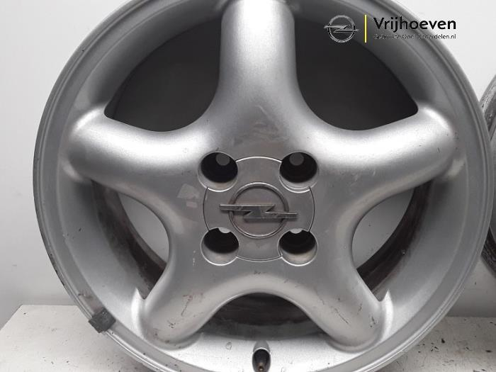 Used Opel Tigra 16i 16v Set Of Wheels 90510455 Alloy