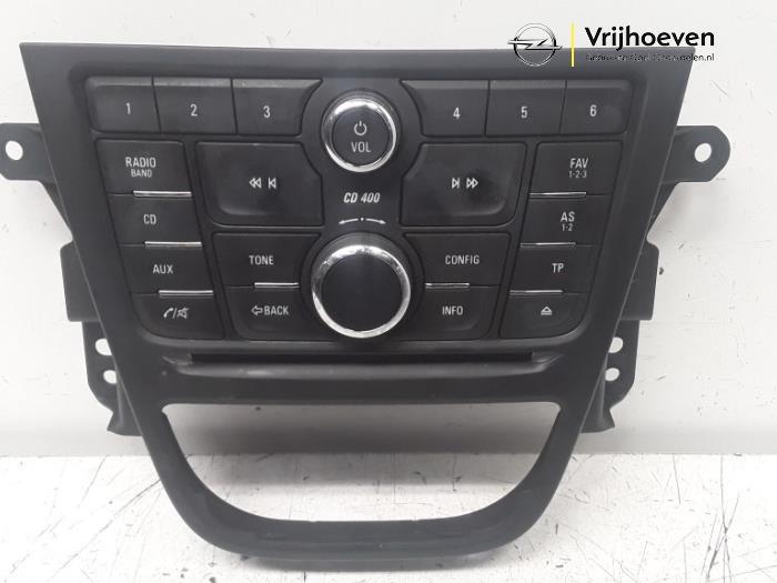 Radio control panel from a Vauxhall Mokka 1.4 Turbo 16V 4x4 2013